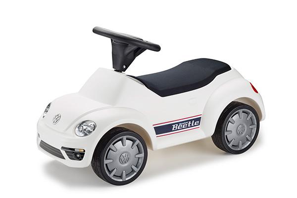 Köp en bil och få en till junior på köpet