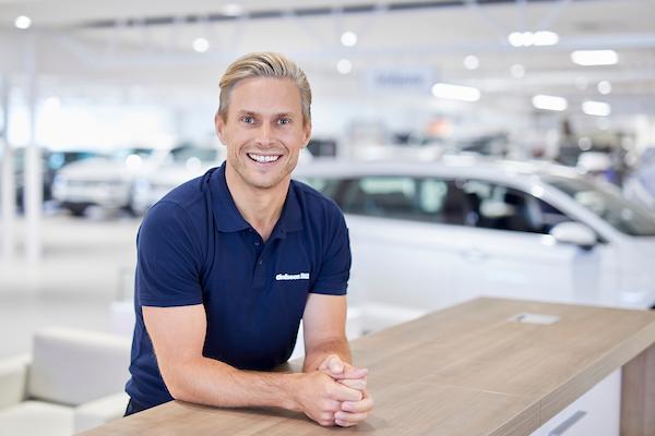 Köp bilen på distans
